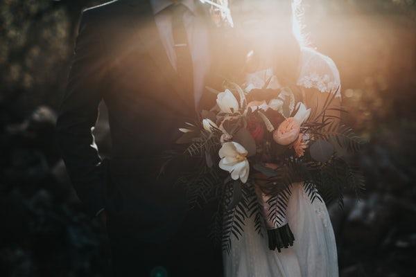 Inspirație pentru o nuntă de toamnă ruptă din basme